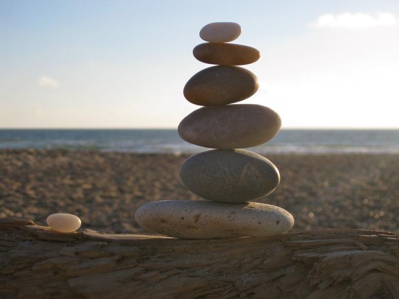 balance-460648_960_720